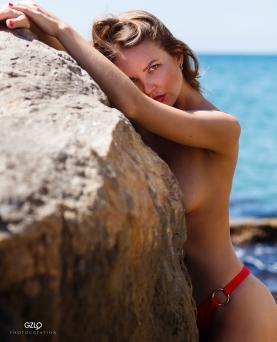 Kristina by Gonzalo Villar – Photo by JL Ronin