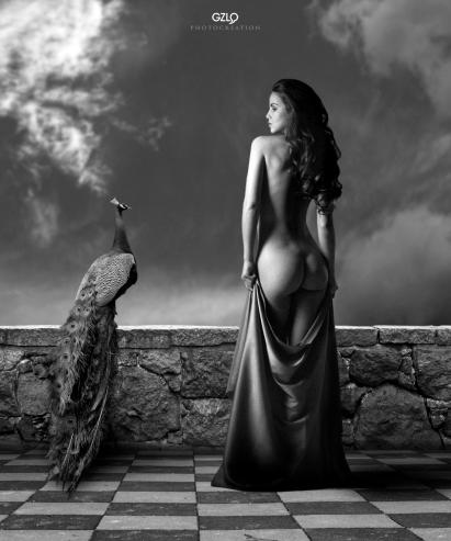 Art Work: Gonzalo Villar - Model: Kristina Yakimova - Photo model: Oxana Oleynichenko