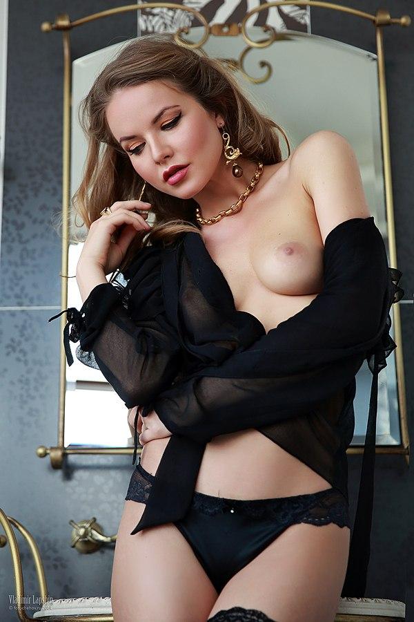 Kristina Yakimova by Vladimir Lapshin
