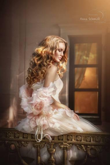 by Anna Schmidt